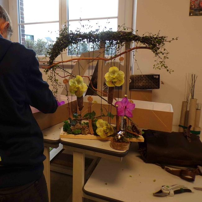 Histoire d'un partenariat entre art floral et restauration en 3 épisodes.