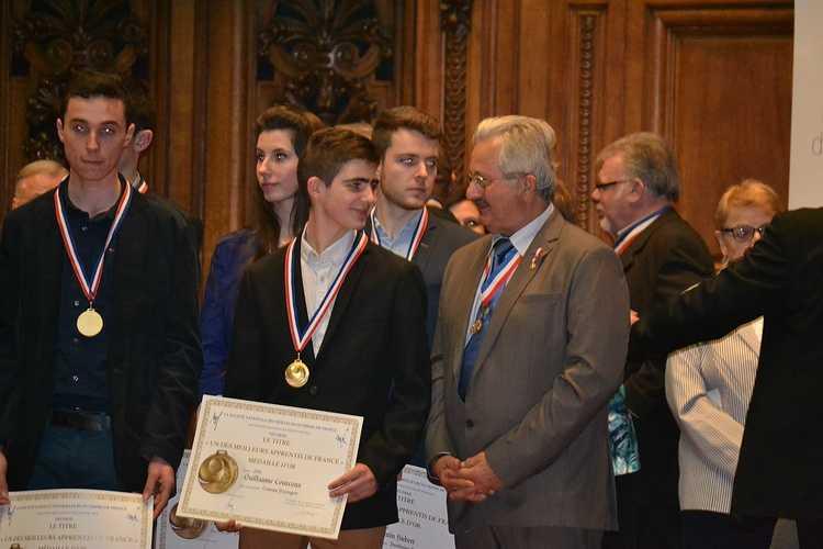 Meilleur Apprenti de France: Guillaume Courcoux reçu à la Sorbonne pour la remise des médailles! dsc0149