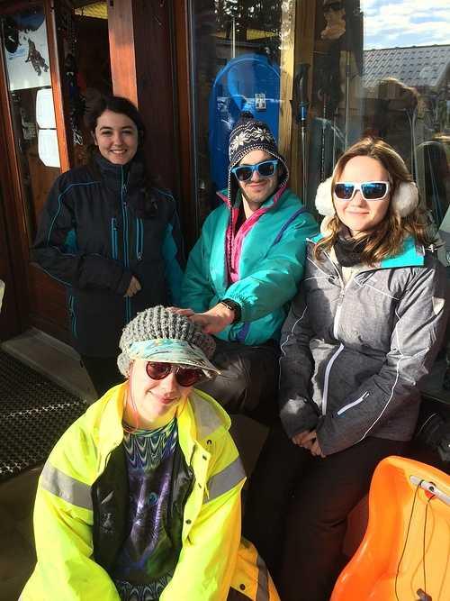 BTS Technico-Commercial et BTS PRoduction Horticole: une semaine de pur bonheur au ski pour les deuxième année ! img3396