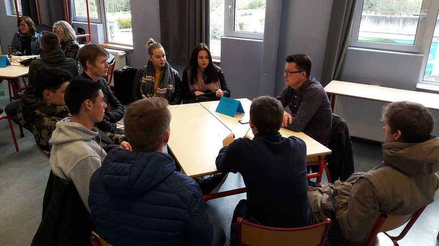 Forum des métiers 2018 à l''école Saint-Ilan LANGUEUX 20180130143528