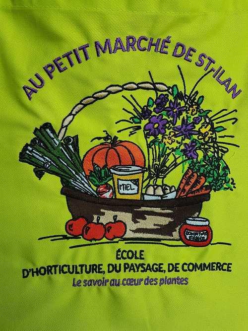 Le petit marché de Saint-Ilan s''équipe en beaux tabliers lumineux et brodés tabliersaint-ilan